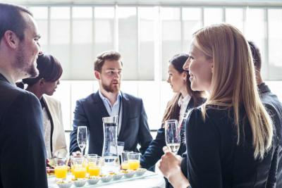 4 Useful Office Party Etiquette Tips