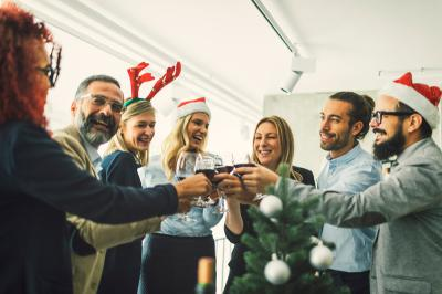 Tips for Planning a Memorable Company Holiday Party